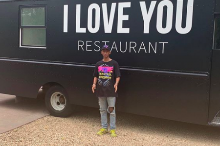"Jaden Smith launches ""I Love You Restaurant"" food truck to feed the homeless (photo: @c.syresmith/Instagram)"