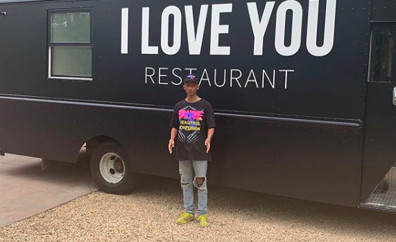 """Jaden Smith launches """"I Love You Restaurant"""" food truck to feed the homeless (photo: @c.syresmith/Instagram)"""