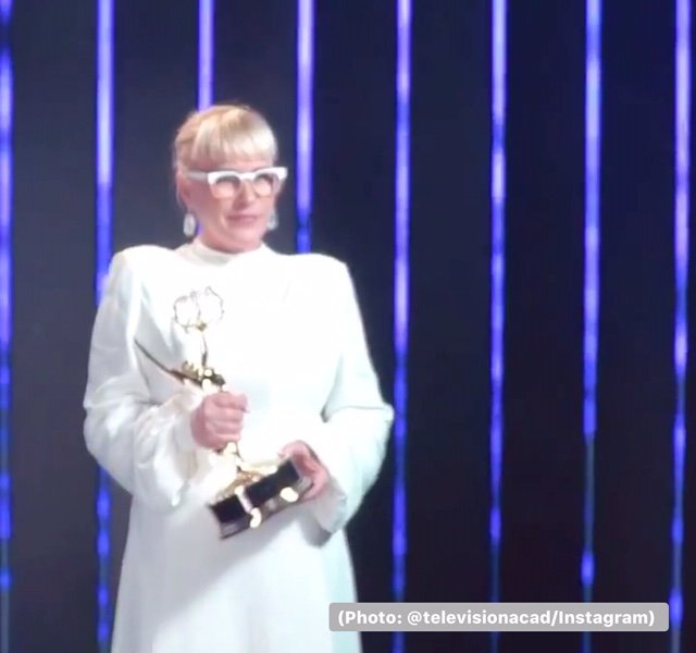 Patricia Arquette wins an Emmy for her role in 'The Act' and speaks up about transgender rights. (Photo: @televisionacad/Instagram)