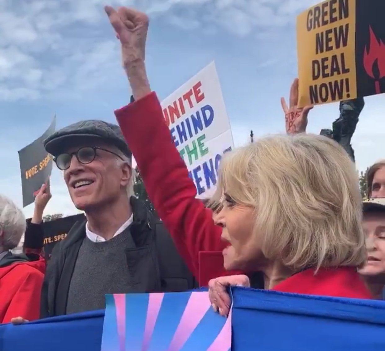 Ted Danson and Jane Fonda take part in a Fire Drill Fridays protest and were subsequently arrested. (Photo: @FireDrillFriday/Instagram)