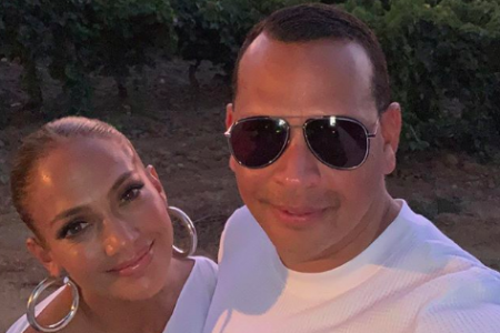 Jennifer Lopez and Alex Rodriguez donate food to a U.S school (Photo: @arod/Instagram)