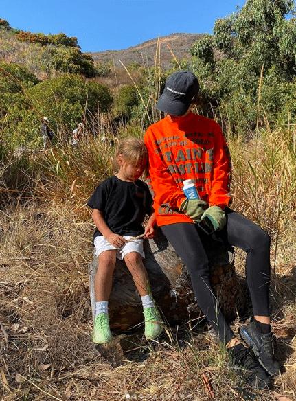 Kourtney Kardashian with daughter Penelope go tree-planting in Topanga State Park (Photo: @kourtneykardashian/Instagram)
