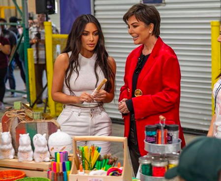 Kim Kardashian with Kris Jenner helping out at the Los Angeles Regional Food Bank (Photo: @krisjenner/Instagram)