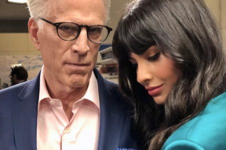 Jameela Jamil thanks Ted Danson for his guidance on The Good Place (Photo:@jameelajamil/Twitter)