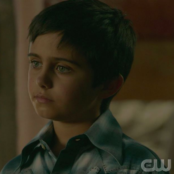 Major Dodge Jr plays 'Walt' on Season 2 of the CW Network's 'Roswell' (Photo: CW)