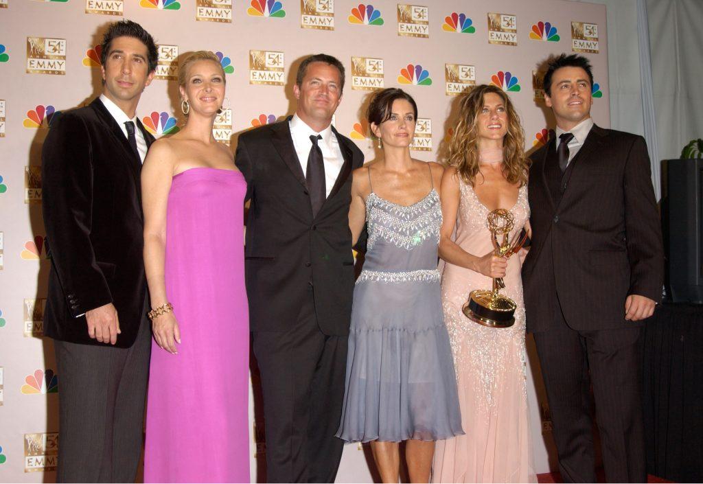 Friends cast. (Photo: FeatureFlash Photo Agency/ Shutterstock.com)