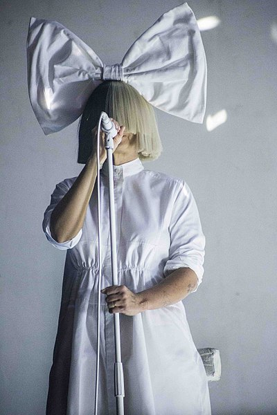 Sia has become a grandmother. (Photo by Scott Murry / CC BY (https://creativecommons.org/licenses/by/2.0))