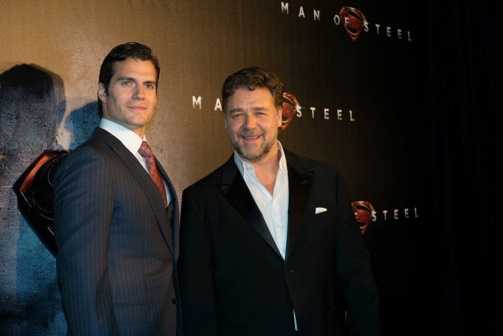 Henry Cavill and Russell Crowe ( Photo: © CelebrityKind)