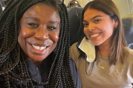 Uzo Aduba selfie with Josefa who returned her iPad on a flight.